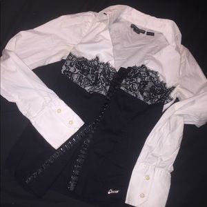 Women's guess blouse fancy and cute